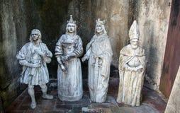 Christliche Statuen in einem Santo Domingo-Hinterhof Stockfotografie