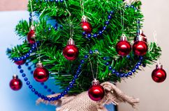 Christmas background, christmas tree, fir tree, gerland Royalty Free Stock Photos
