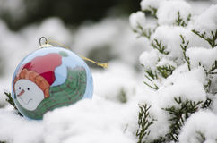 Christmas ball ornament in Winter time Royalty Free Stock Photos