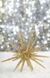 Christmas bauble. With sparkling background Royalty Free Stock Photos