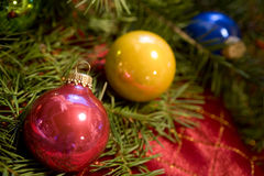 Christmas baubles on tree Royalty Free Stock Photos