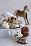 Christmas cakes and gingerbread Royalty Free Stock Photos