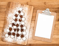 Christmas cookie cinnamon stars and notice board Royalty Free Stock Photography