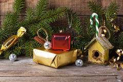 Christmas decoration with nesting box Royalty Free Stock Photography