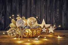 Christmas decoration in wicker basket Stock Photography