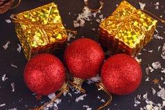 Christmas decorative gift box, ball Stock Photography