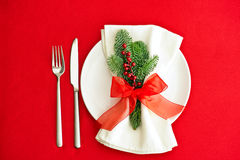 Christmas Dinner place setting in red Royalty Free Stock Images