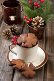 Christmas gingerbread in ceramic cup Royalty Free Stock Photos
