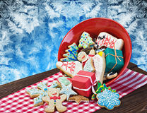 Christmas gingerbread cookies on a plate. On the table Royalty Free Stock Photos