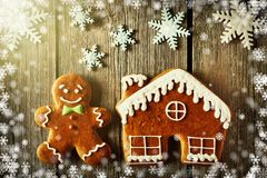 Christmas gingerbread man and house cookies Stock Images