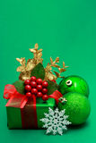 Christmas green gift box Royalty Free Stock Images