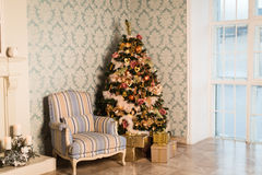 Christmas House with Christmas tree Royalty Free Stock Images