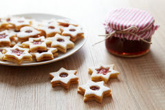 Christmas Linzer cookies on the table Royalty Free Stock Photos