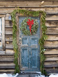 Christmas at a log cabin Royalty Free Stock Image