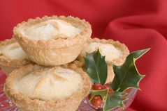 Christmas mince pies with holly Royalty Free Stock Photo