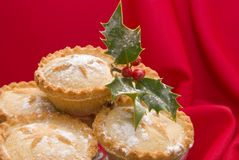 Christmas mince pies with holly Stock Images