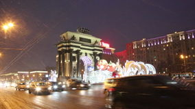 Christmas Moscow, triumphal arch on Kutuzov Avenue in night, Russia. Christmas Moscow, triumphal arch on Kutuzov Avenue in night, night traffic. Russia stock video footage