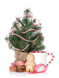 Christmas mulled wine with fir tree, gingerbread and decor Stock Images