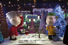 Christmas Peanuts window display at Macy's in NYC Stock Images