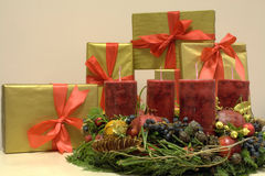 Free Christmas Presents And Advent Kranz (Reef) 2 Royalty Free Stock Photos - 7354598