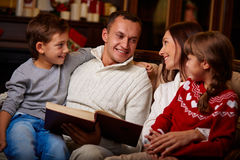 Christmas reading Royalty Free Stock Photos