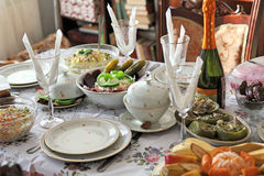 Christmas served table ( stout) Royalty Free Stock Images