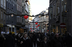 CHRISTMAS SHOPPERS Stock Images