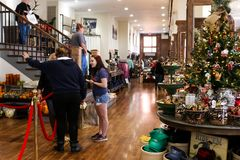 Christmas shopping - in Pioneer Woman Mercantile boutique store in small oil town Pawhuska Osage County Oklahoma USA 11 - 30 - 20 Stock Photo