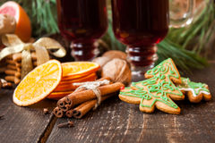 Christmas spices, gingerbread and mulled wine Royalty Free Stock Images