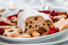 Christmas stollen with gingerbread Royalty Free Stock Photos