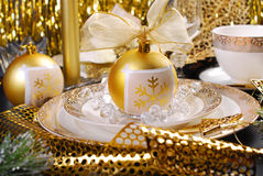 Christmas table decoration in glamour style Royalty Free Stock Photos