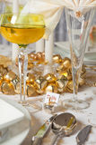 Christmas table in gold 5 Royalty Free Stock Photography