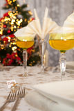 Christmas table in gold 7 Stock Photography