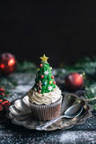 Christmas tree cup cake Royalty Free Stock Photos