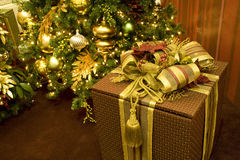 Christmas tree gift box Royalty Free Stock Images