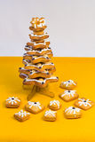 Christmas tree made of gingerbread Royalty Free Stock Photos
