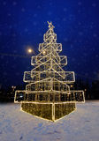 Christmas tree on street Royalty Free Stock Photos