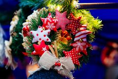 Christmas wreath on market Royalty Free Stock Photography