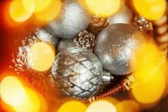 Christmass在金黄口气的摘要背景 库存图片