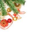 Christmass Dekorationen nahe bei einem christmass Baum lizenzfreie stockfotografie
