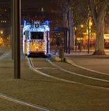 Christmass-Lichter auf einer Tram Lizenzfreie Stockfotos