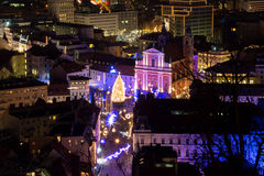Christmassy city view. Royalty Free Stock Photos