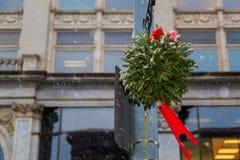 Christmastime 2017 в Трое NY городском во время шторма снега Стоковые Изображения