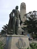 Christopher Columbus перед башней Coit Стоковая Фотография RF