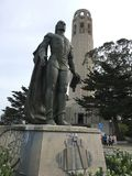 Christopher Kolumb przed Coit wierza fotografia royalty free