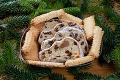 Christstollen и spritz печенья на плите Стоковая Фотография RF