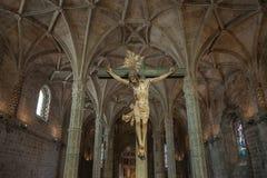 Christus kruisigde beeldhouwwerk in Jeronimos-Klooster, Lissabon, Portu Royalty-vrije Stock Foto's