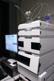 Chromatographe de CHROMATOGRAPHIE LIQUIDE SOUS HAUTE PRESSION Photo stock