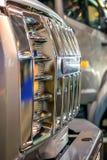Chrome-traliewerk van de auto Stock Afbeelding