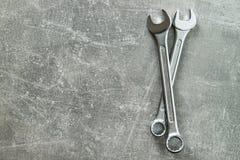 Chrome vanadinskruvnycklar metallisk skiftnyckel arkivfoton